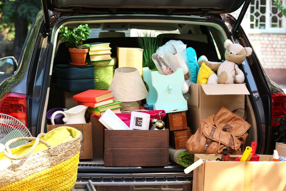Selber umziehen: Auto voll mit Umzugsgut