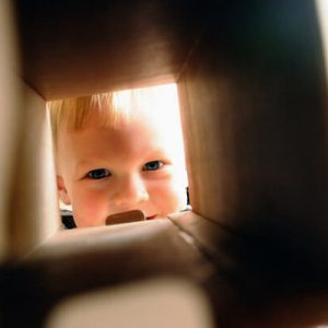 Guck mal wer da am Rockzipfel zupft: So gelingt ein stressfreier Umzug mit Kindern