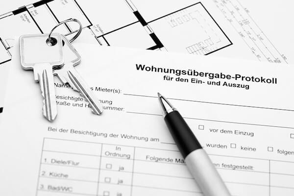 Wohnungsabgabe Protokoll und Schlüssel