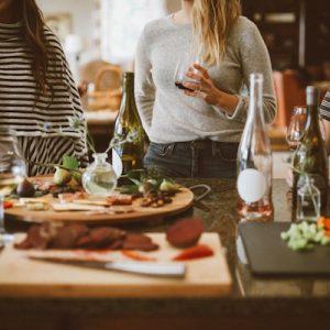 Einweihungsparty organisieren – so schmeissen Sie die perfekte Party nach dem Umzug