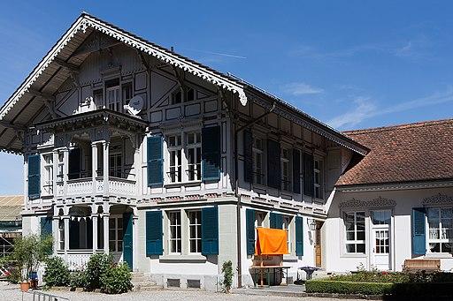Blick auf die Villa Schüpbach in Steffisburg.